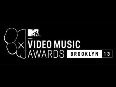 MTV MUSIC AWARDS 2013